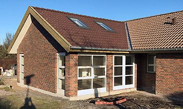 Om- og tilbygninger: Billede af tilbygning i Hedehusene